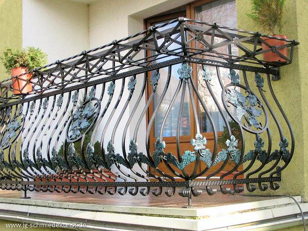 Balkone Und Balkongelander Aus Schmiedeeisen Jg Schmiedekunst